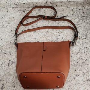 Iswee Leather Bucket - Crossbody Bag